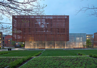MERIT AWARD: Chilled Water Plant | Leers Weinzapfel Associates
