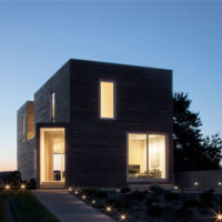 HONOR AWARD - SINGLE FAMILY RESIDENTIAL: Quonochontaug House | Bernheimer Architecture PLLC