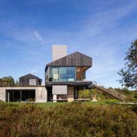 MERIT AWARD - RESIDENTIAL: Chilmark House | Gray Organschi Architecture with Aaron Schiller