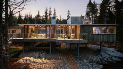 MERIT AWARD: Englishman Bay Retreat | Whitten Architects